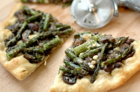 mushroom and asparagus pizza slice