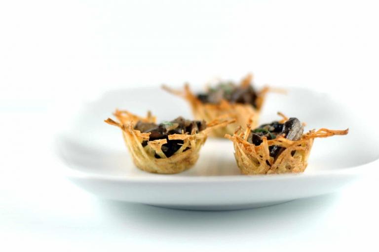 Holiday Finger Food: Marsala Mushroom Bites in Easy Potato Nests | Umami Girl