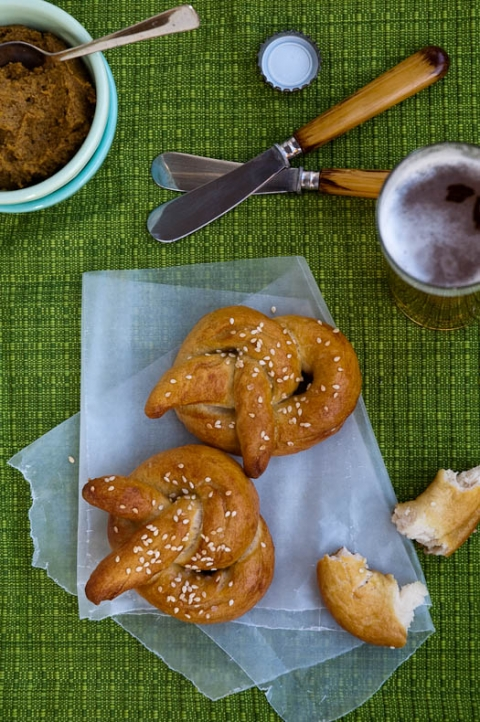 Easy Homemade Soft Pretzels Recipe | Umami Girl