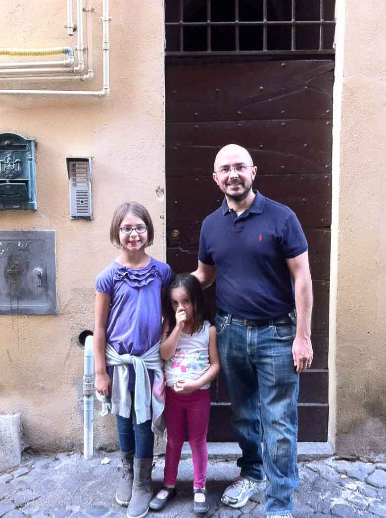 Back Home in Trastevere Rome | Umami Girl 780