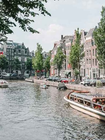 Canal Boats Amsterdam | Umami Girl 780