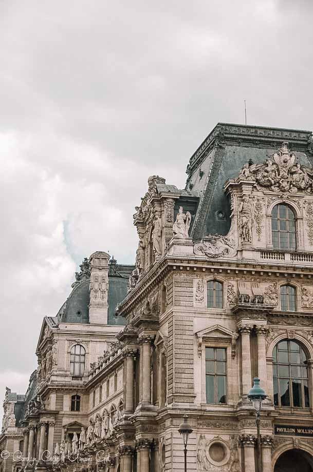 Louvre Pavillon Molienne Paris | Umami Girl 780