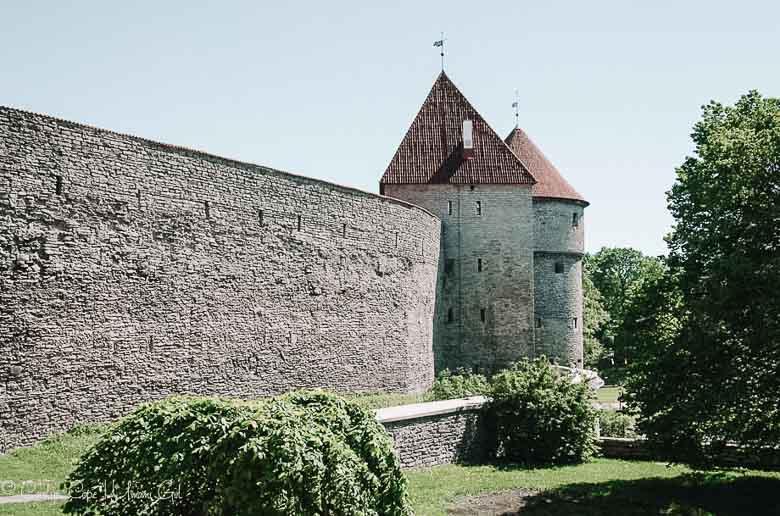 Architecture Old Town Tallinn Estonia | Umami Girl 780