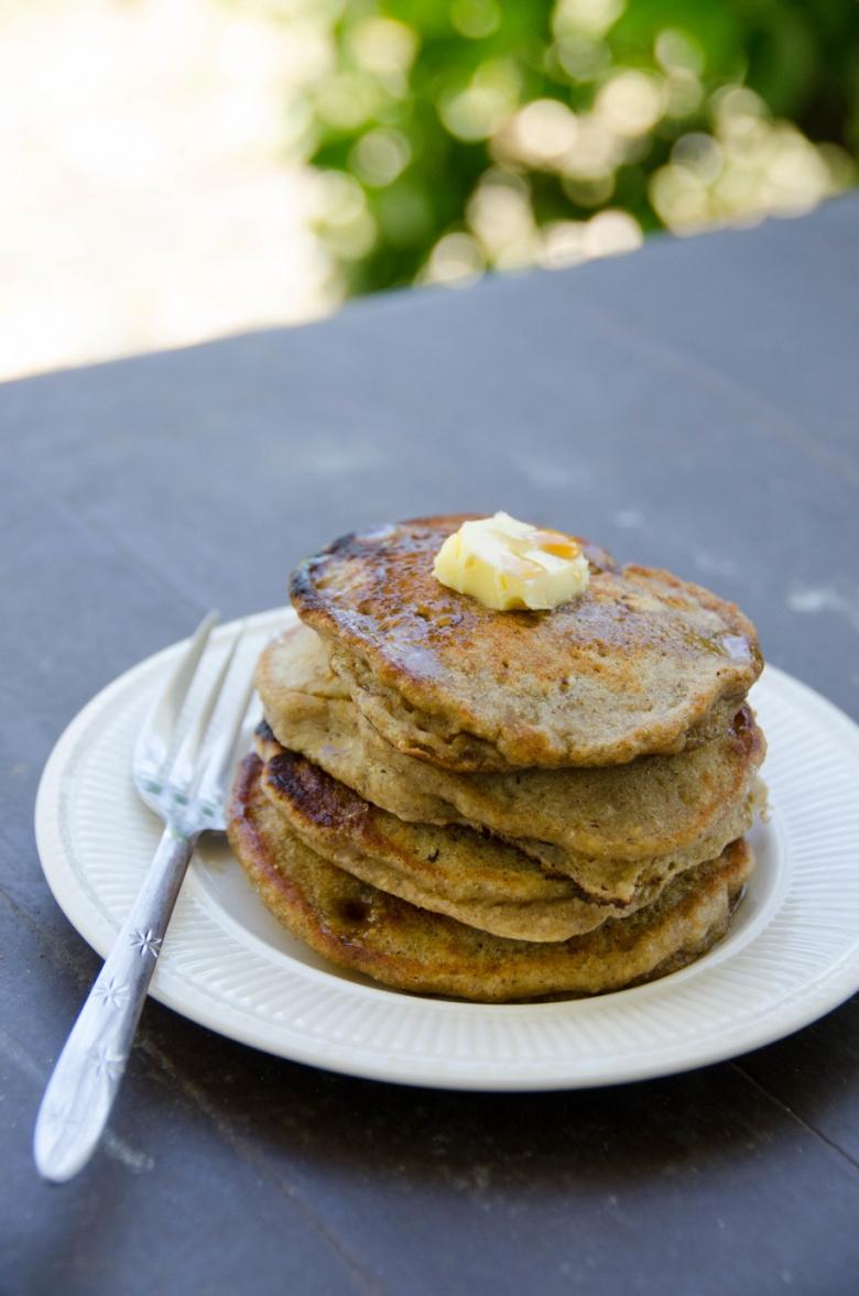 Easy Vegan Banana Pancakes | Umami Girl