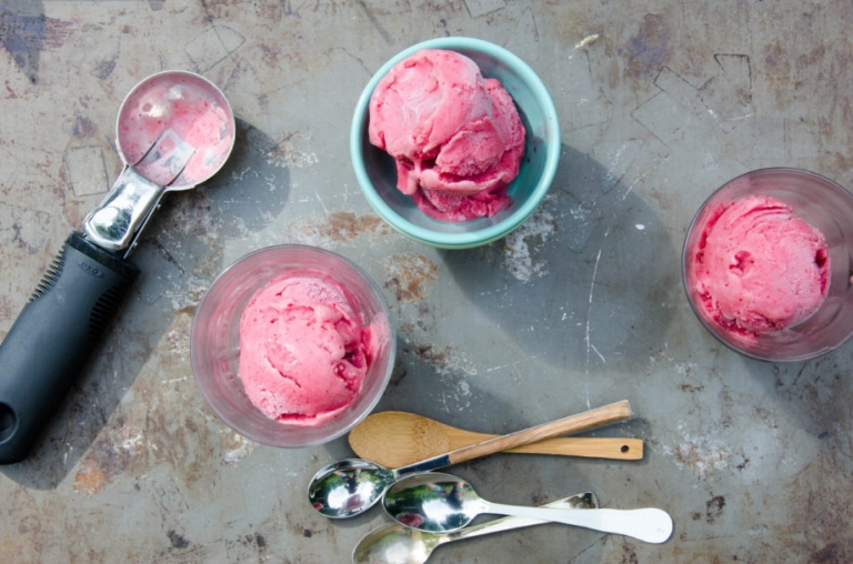 Sour Cherry Frozen Yogurt | Umami Girl