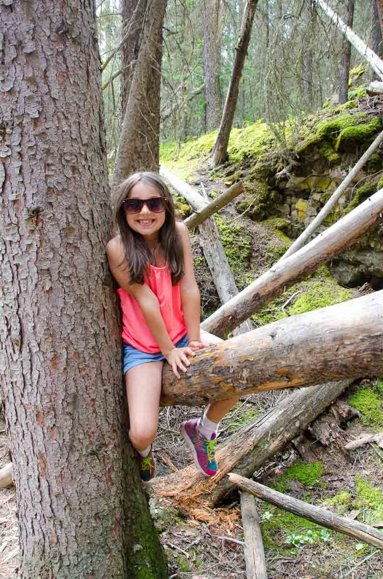Johnston Canyon Hike Banff National Park Canada 780 | Umami Girl-10