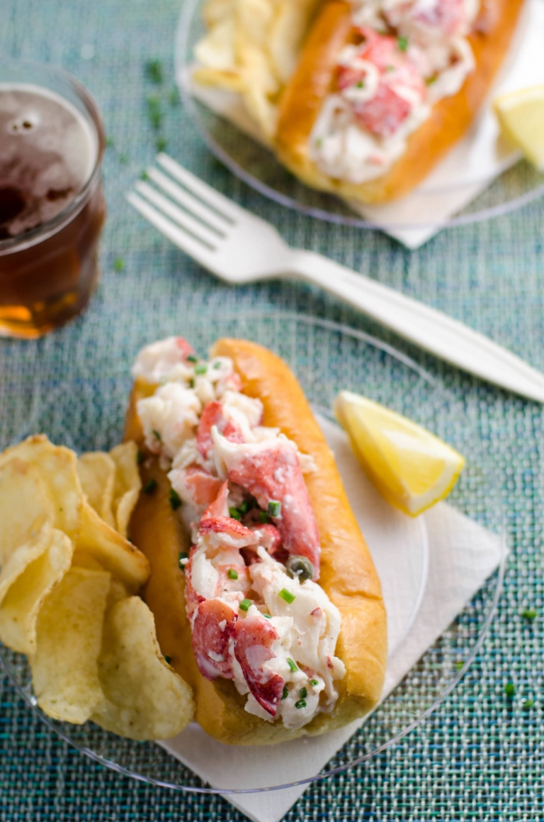Best Lobster Roll Recipe: How to Make a Lobster Roll | Umami Girl - A ...