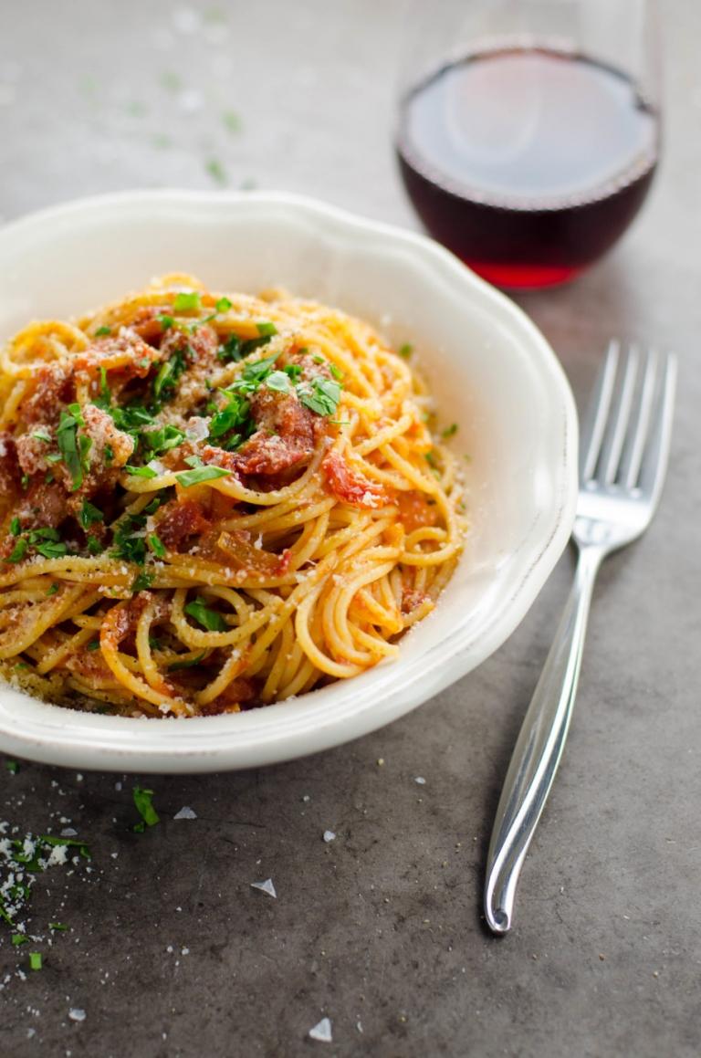 My Perfect Spaghetti al Pomodoro | Umami Girl