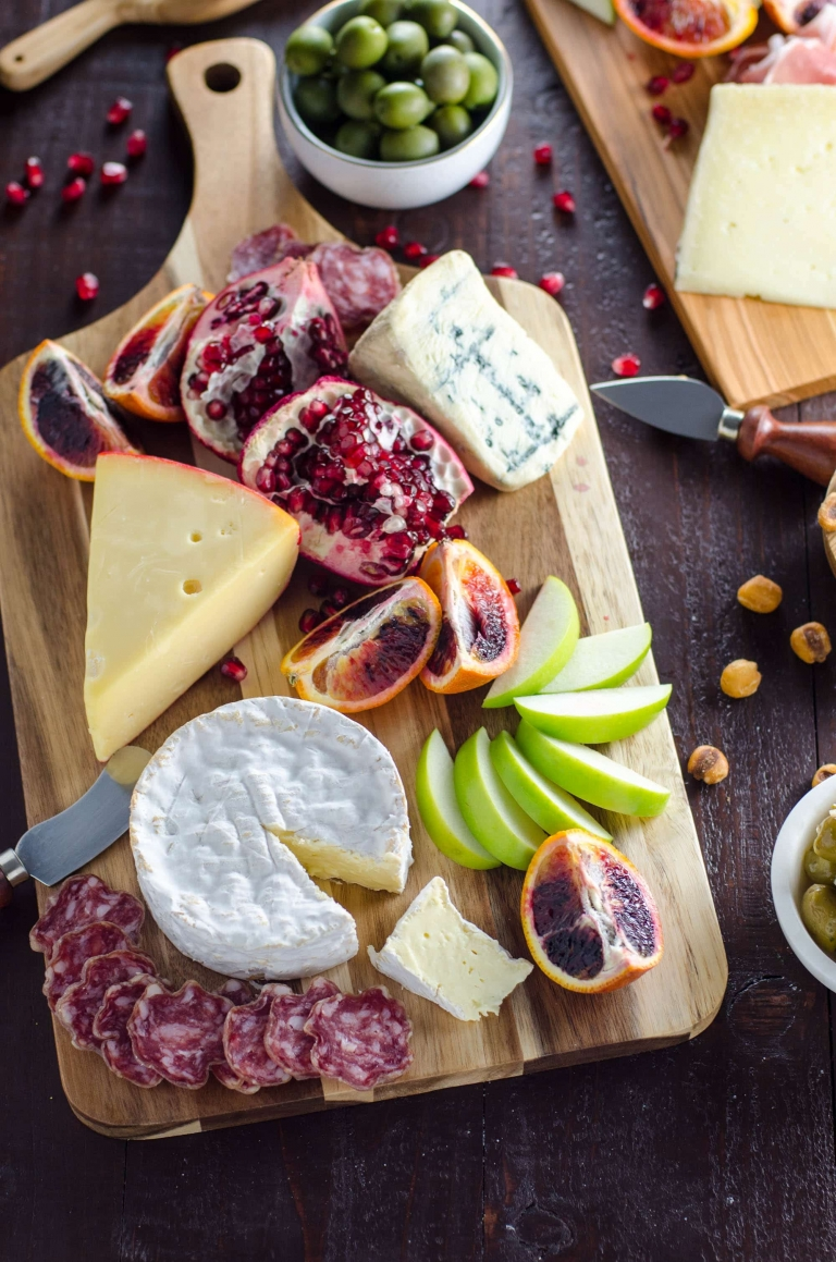 Cheese Platter 101: How to Assemble an Epic Holiday Cheese Board | Umami Girl