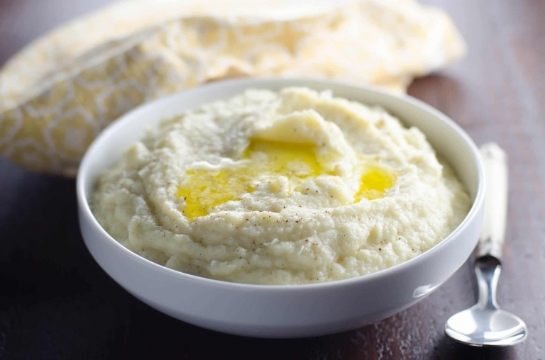 Creamy Mashed Cauliflower Recipe With Smoked Gouda Umami Girl
