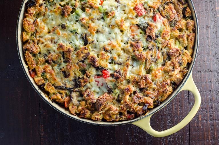 recipe: breakfast casserole with stuffing [18]