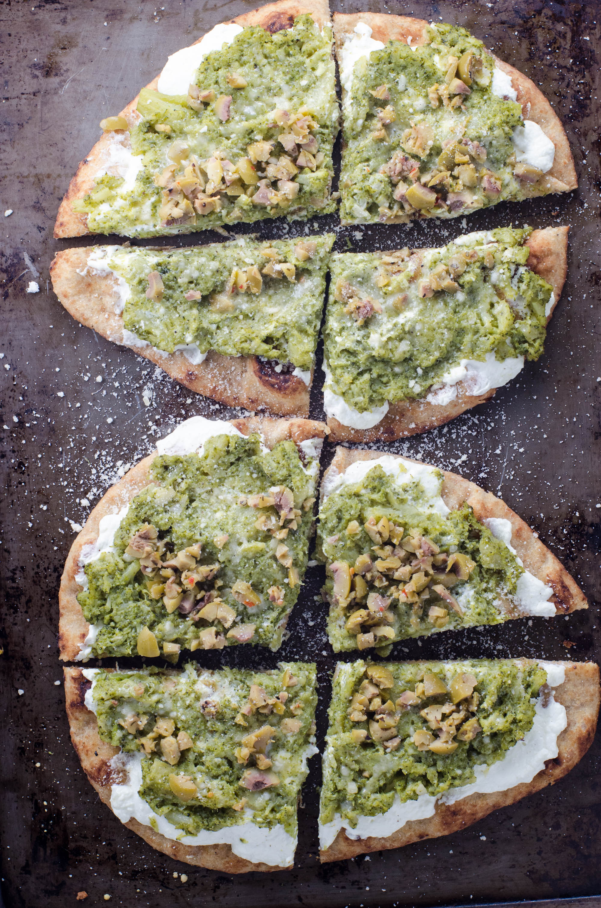 Naan Pizza with Ricotta, Garlic Broccoli and Olives | Umami Girl