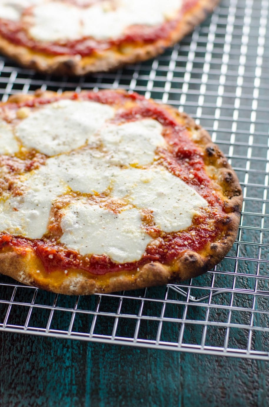 Naan Pizza Margherita A 15 Minute Dinner Or Appetizer