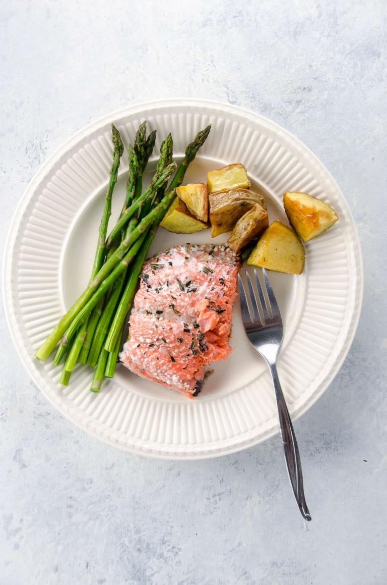 Sheet Pan Dinner: Roasted Salmon with Potatoes and Pencil Asparagus | Umami Girl
