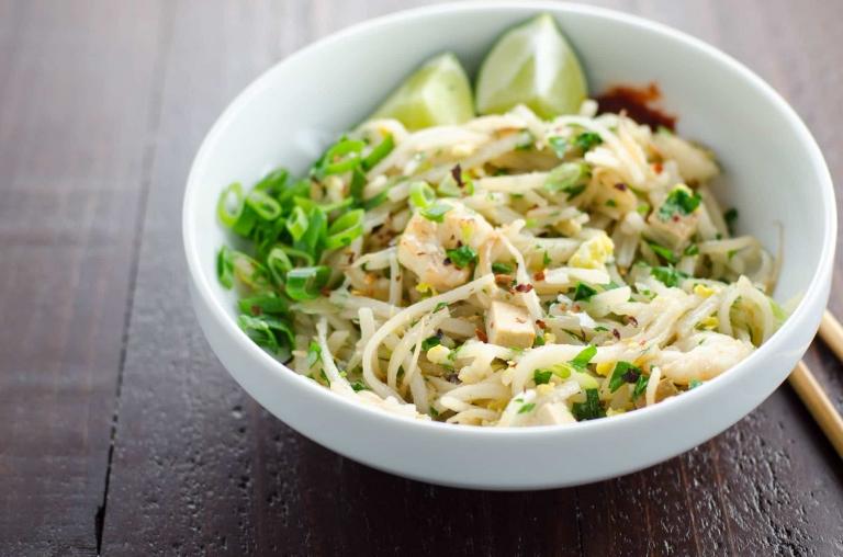 Easy Pad Thai Recipe | Umami Girl