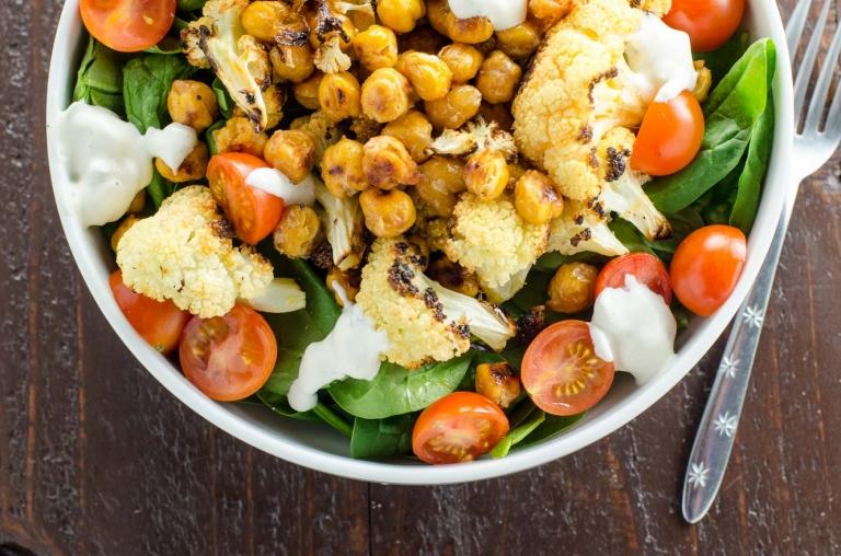 Buffalo Cauliflower and Roasted Chickpeas | Umami Girl
