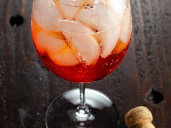Aperol Spritz Recipe Classic Cocktails 780 | Umami Girl-2