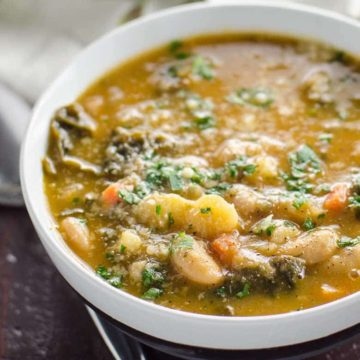 Easy Kale Soup with White Beans, Potatoes + Savory Broth- 780 | Umami Girl-2