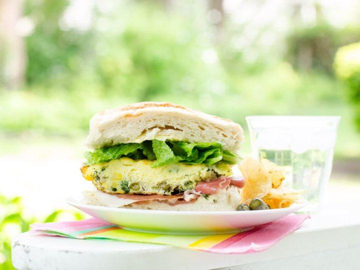 Easy Picnic Food Frittata Sandwich | Umami Girl-2