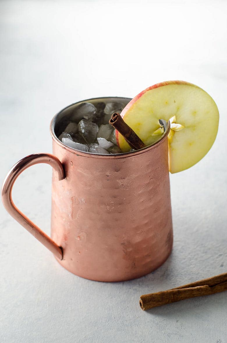 Fall Cocktail Apple Cider Moscow Mule 780 | Umami Girl