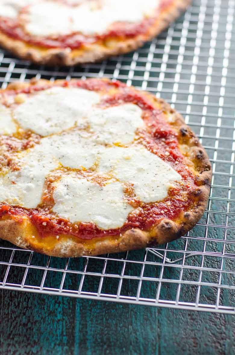 Naan Pizza Margherita 780 | Umami Girl