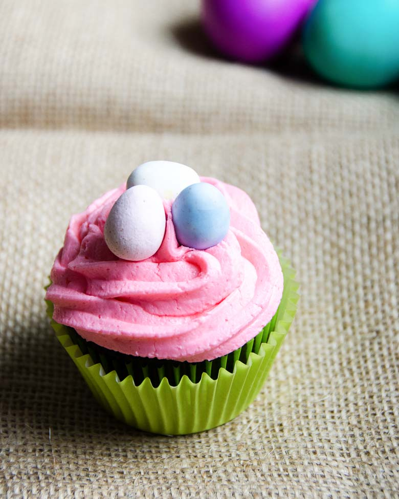 Perfect Chocolate Cupcakes with Buttercream Frosting Easter Style 780 | Umami Girl
