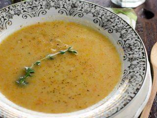 Potage aux Legumes (Rustic French Vegetable Soup)