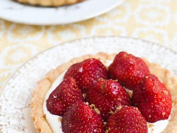 Strawberry Tartelettes with Muscovado Sugar
