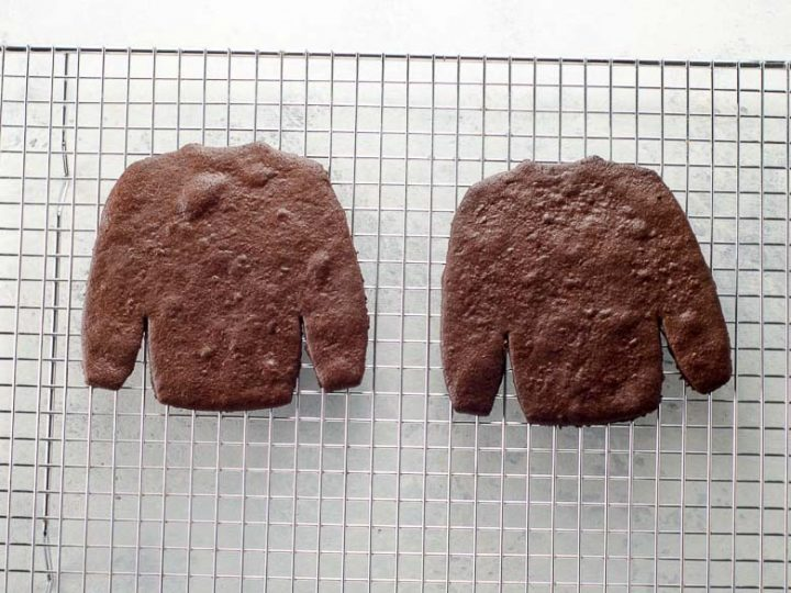 Ugly Sweater Cookies Chocolate Sugar Cookies and Cookie Icing Tips 780 | Umami Girl-2