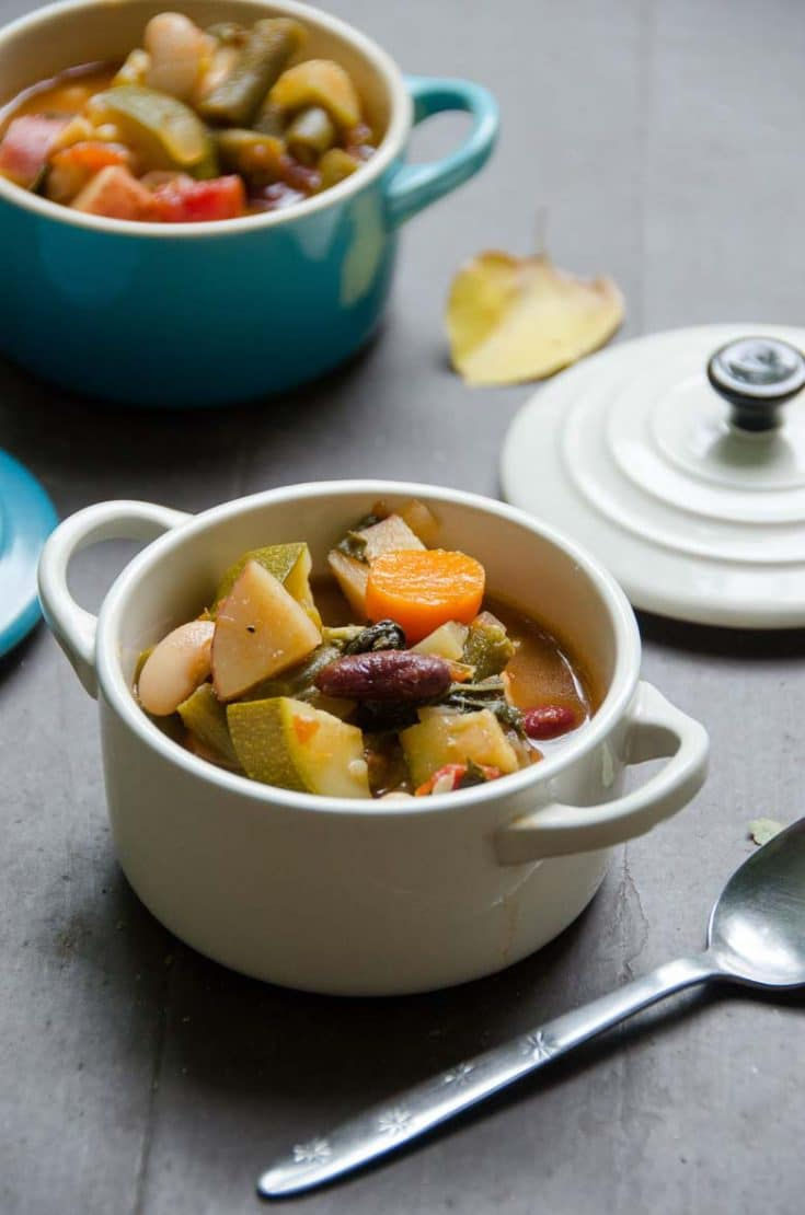 Vegetarian Minestrone Soup Recipe for a Crowd