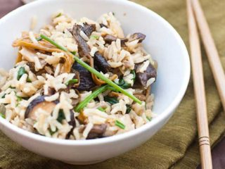 Brown Rice Recipe with Mixed Mushrooms and Spinach