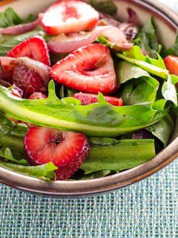 Dandelion Salad with Balsamic Strawberries and Onions 780 | Umami Girl-2