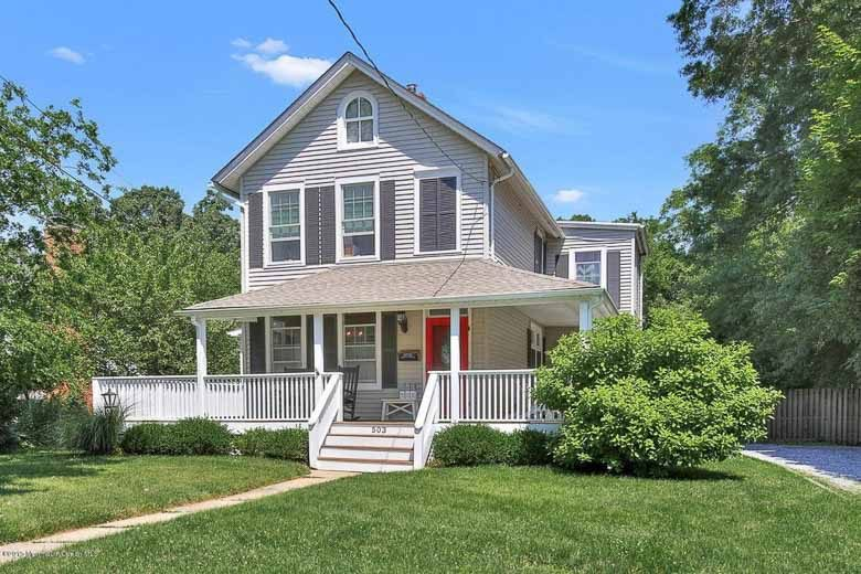 Front of Charming Victorian House 503 River Road Fair Haven 780 | Umami Girl