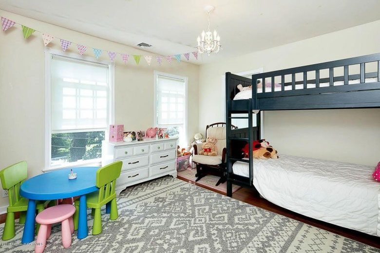 Shared Girls' Bedroom 503 River Road Fair Haven 780 | Umami Girl