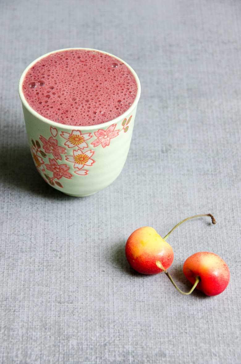 Sweet Dark Cherry Recovery Smoothie 780 | Umami Girl
