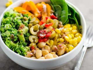 10-Minute Chickpea Broccoli Bowls