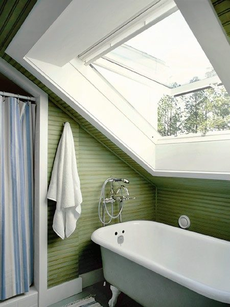 Green Bathroom with Clawfoot Tub | Umami Girl