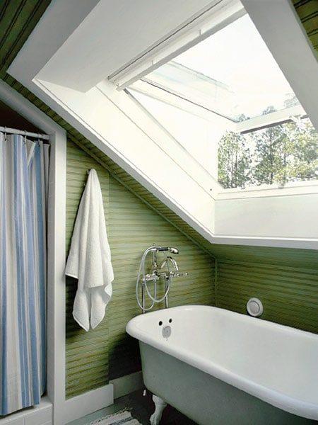 Green Bathroom with Clawfoot Tub | Umami Girl
