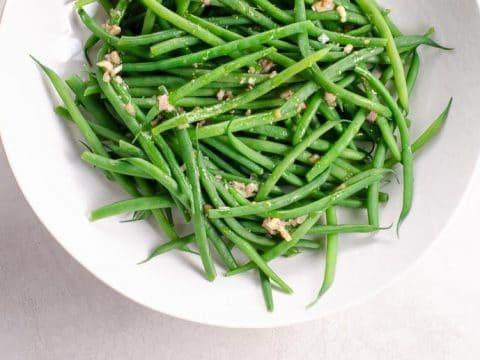 Green Beans (Haricots Verts) with Shallot Vinaigrette