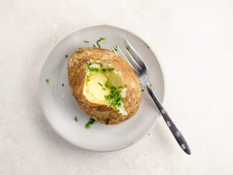How to Bake a Potato Perfect Baked Potatoes with Butter | Umami Girl 780