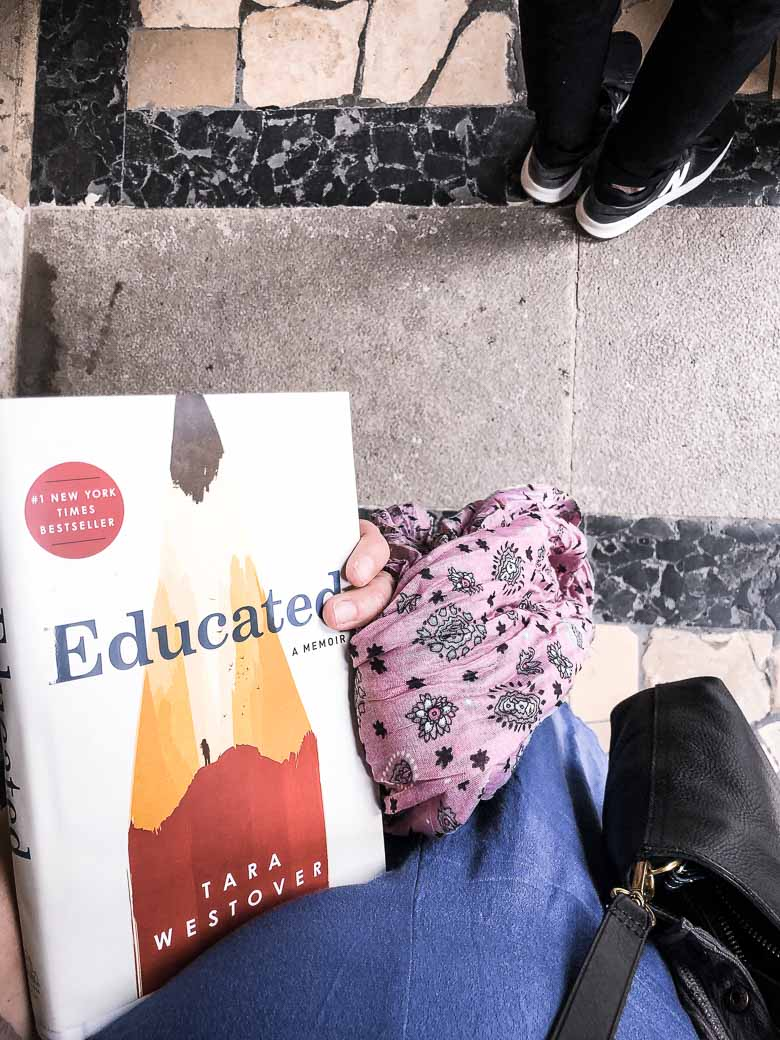 Vienna State Opera House Standing Room with Book and Scarf Austria | Umami Girl 780