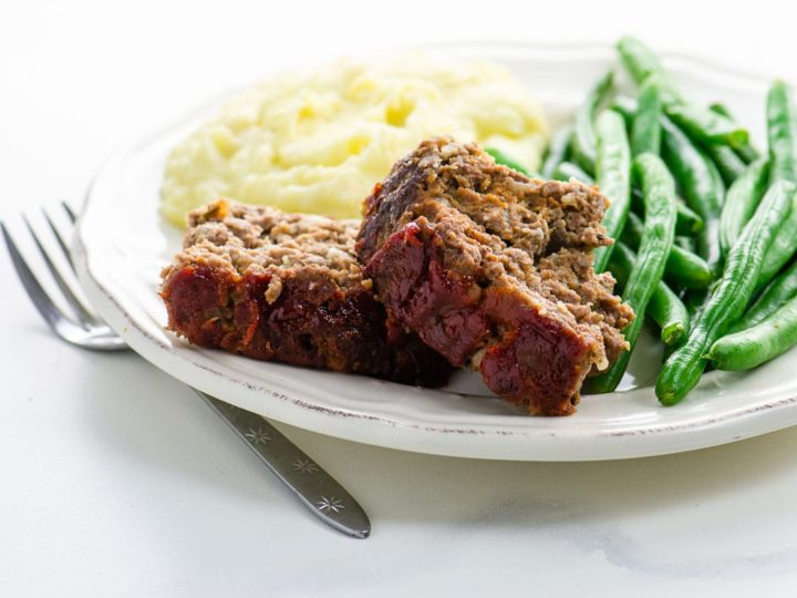 classic meatloaf recipe with mashed potatoes and green beans
