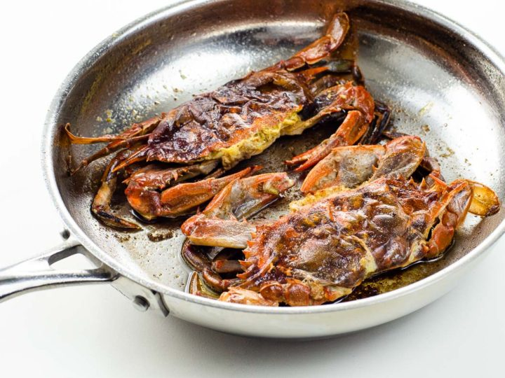 simple soft shell crab recipe sautéed without flour, in a frying pan